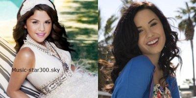 Selena  VS Demi