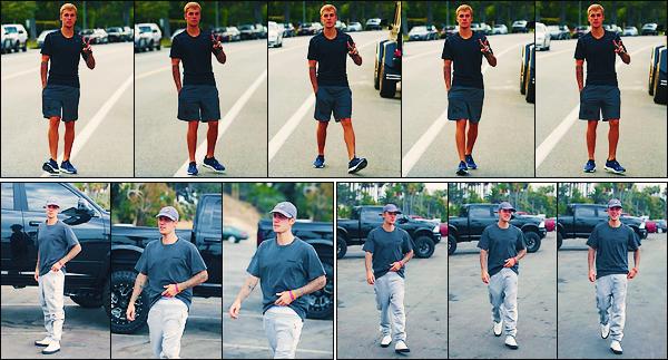 • 24 juillet2017 || Justin Bieber à été photographier alors qu'il ce promener dans les rues de Beverly Hill à LA. Dans la même journée il à de nouveau été photographier dans les rues de Santa Monica toujours à LA ! Un petit top !•