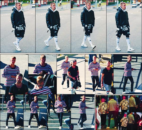• 05 juillet2017 ||C'est toujours accompagné de son ami Carl Lentz que Justin à été vu dans les rues de Sydney. Il à aussi été photographier en arrivant puis en quittant la conférence Hillsong ce déroulant au Quados Bank Arena. •