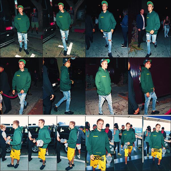 • 06 aout 2017    Justin Drew Bieber à été photographié quittant le « Peppermint club » toujours à LA. Le lendemain, le Bieb's à été aperçue a l'aéroport de Los Angeles pour ce rendre du côté de l'océan Atlantique. Un flop pour la tenue.•