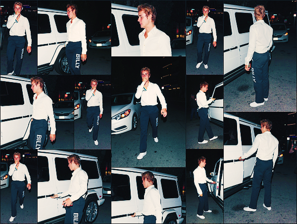 • 20 septembre 2017 || Notre Justin Bieber à été photographié sortant du « Nice Guy » à Los Angeles. C'est toujour en compagnie de son ami et pasteur americain, Carl Lentz que le chanteur canadien à été aperçue. Un petit top à sa tenue.•