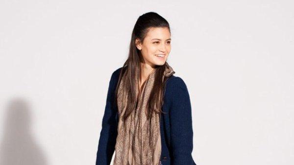 Jenna (Lucie Boujenah)