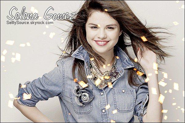 .   Bienvenue sur SelllySource , ta source sur la pétillante,Selena Gomez.  .