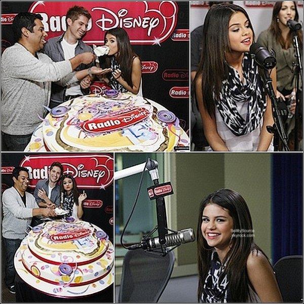 """.31 Mars : Sel' était a """"Radio Disney"""".Pour fêter les 15 ans  ."""
