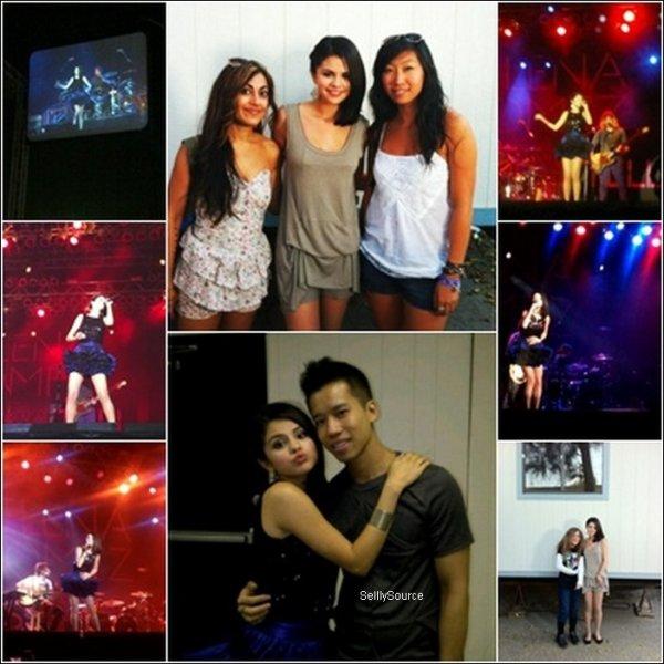 Rebrique : Candids  .18 Septembre : Selena avait un concert ce soir a  « LA state fair » à Pomona en Californie.