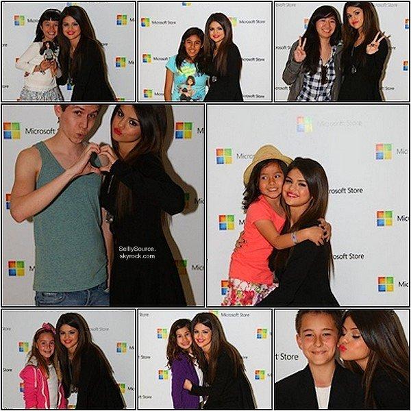 .26.03.2011 : Notre , Selena , était au  Microsoft Store Concert.Où elle y performance.( Elle performance , arrive das l'amprè ).