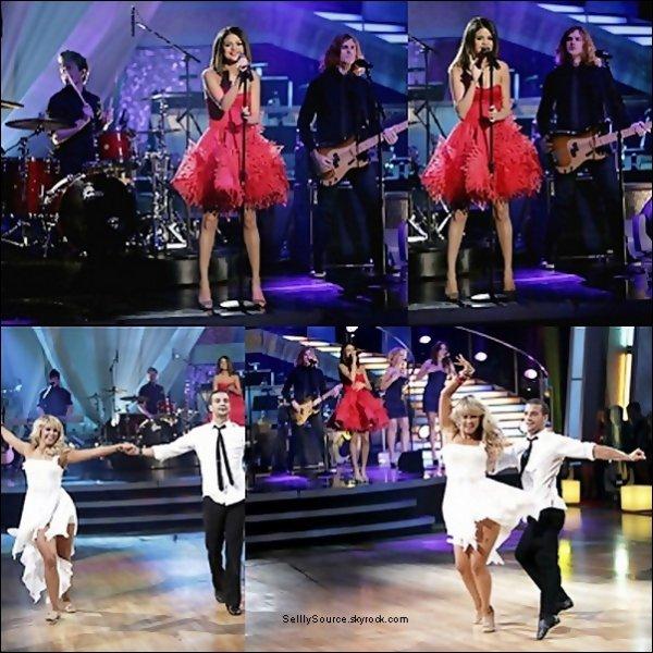 .Sel' et The Scene sir le plateau « Danse avec les star ».Elle y chante Who Says  .