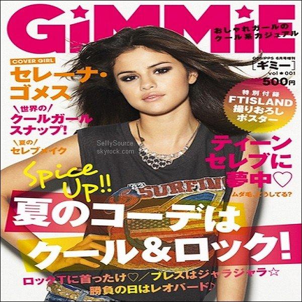.30.04.2011 : Sele posant pour sa Ligne Dream out Loud +S. posait pour le magazine « Gimmie ».Magazine japonais .