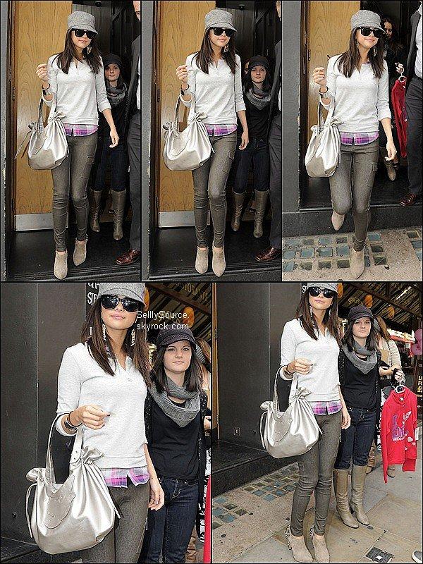 .7 Juillet : Sel' allant a la radio  « Radio One  ».7 Juillet : Puis Sel' allant au« Century Club ». 7 Juillet : Puis Selena , retournait a son hôtel londonien .
