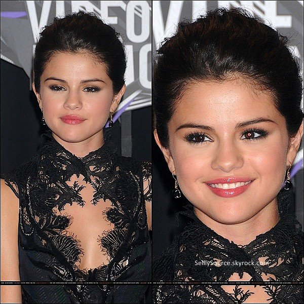 ".28 Aout 2011: Sel' était au ""MTV Video Music Awards"", a Toronto.Top/Flop ? ."