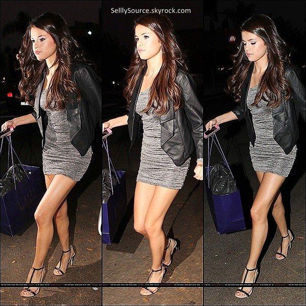 .1 Novembre 2011: Sel' était au Fulfillement Stars 2011 Gala.