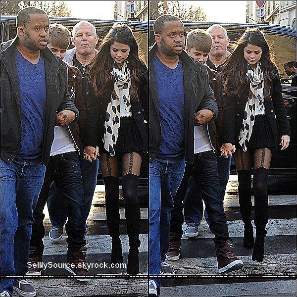.9/11: Selena & Justin B. fésait du shopping dans Louis Vitton dans notre capitale: Paris.