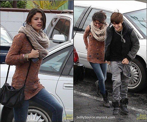 .15/02:  Sel & Justin sont allée dans le restaurant nommé iHOP.