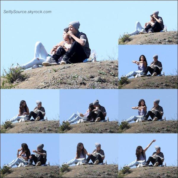 .4 Avril  2012: Sel' se rendait chez le médecin.Une petite mine fatiguée .Plus Tard, les amoureux se sont fait un pique-nique .