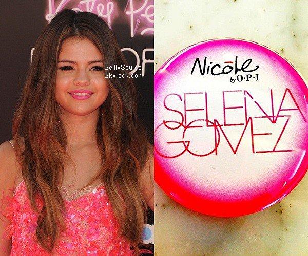 """.Selena Gomez va lancé sa marque de Vernis à Ongles... . Notre petite Starlette Disney de 19 ans, ne s'arrête pas ! Après avoir fait la promo' de son parfum à New York City.Selena Gomez sera en collaboration avec Nicole by OPI qui toute les deux vont crée ensemble des vernis. Selena a posté un petit aperçu sur son Facebook officiel, avec la photo, la légende serait """"Coming Soon"""", écrit sous la photo du nouveau logo de Nicole. Elle ne débuterons que début 2013.Elle pense même suivre les traces de Kim Kardashian. Sacré début pour Selena. Texte rédigé entièrementpar la web-miss' crédit si d'emprunt  ."""