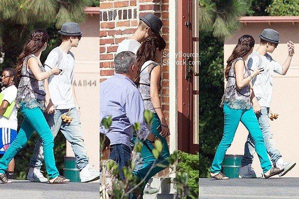 .03.08.2012: Selena été sur le tournage de son nouveau film «Feed The Dog», à Los Angeles. .