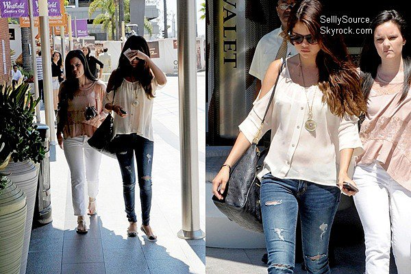 .14.08.2012: Selena & son amie Ashley Cook, sont allées faire du shopping chez « Century City Mall » à L.A. .
