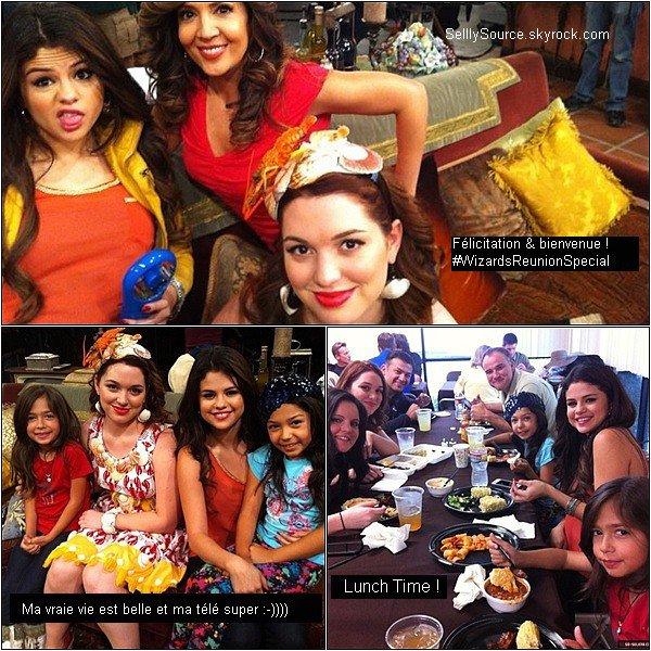 .De nouvelle photo personnel de Selena sur le set des Sorciers de Waverly Place viennent d'apparaître. .
