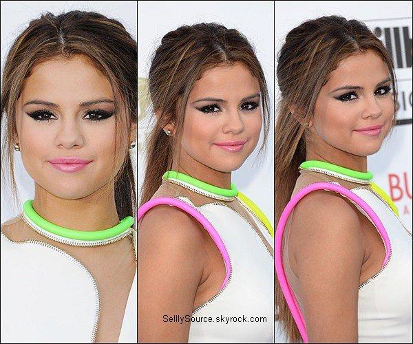 . 19 Mai : Selena plus belle que jamais à été vu au Billboard Music Award.
