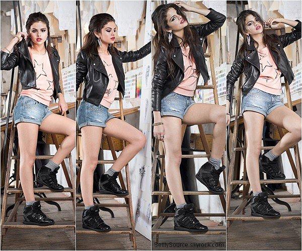 .9.07.2013 : Selena c'est rendu au lancement de Adidas NEO,à Berlin. (article pour complété le blog!).