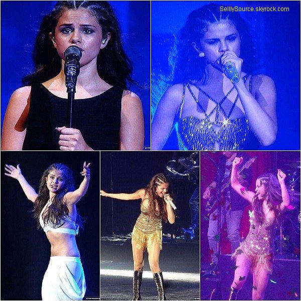 .18/08/2013 :  Selena continue toujours sa tournée au Canada,dans la ville de Saskatoon..