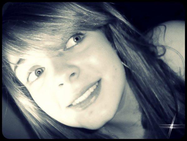 On dit toujours sans toi ma vie n'aurait pas le même sens, moi Je dirais que c'est elle qui donne un sens à ma vie. ♥