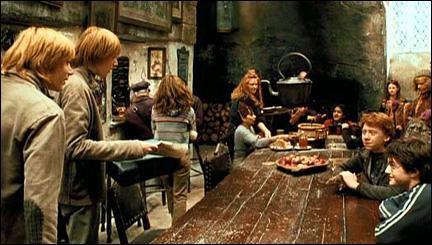 """Résultat de recherche d'images pour """"Harry Potter et le prisonnier d'Azkaban  Chaudron Baveur"""""""