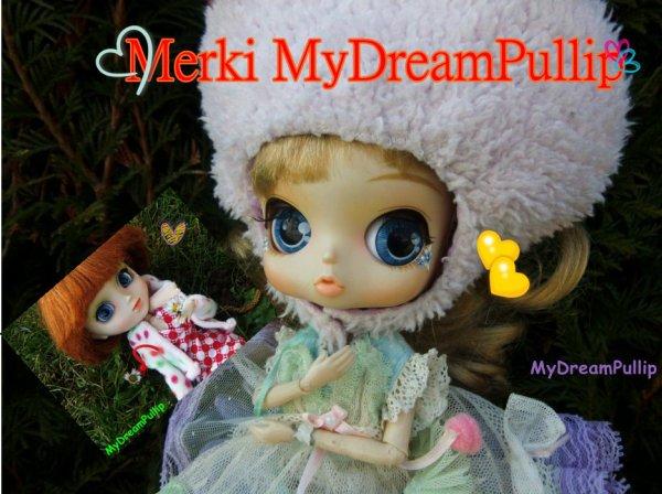 Merki!!!!!!!!!!!!!!!!!!!!!!!!!!!Mon ptit  poisson roouge ♥♥♥♥♥♥♥♥