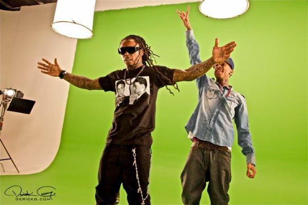 Lil wayne feat Tyga(i'm on it)