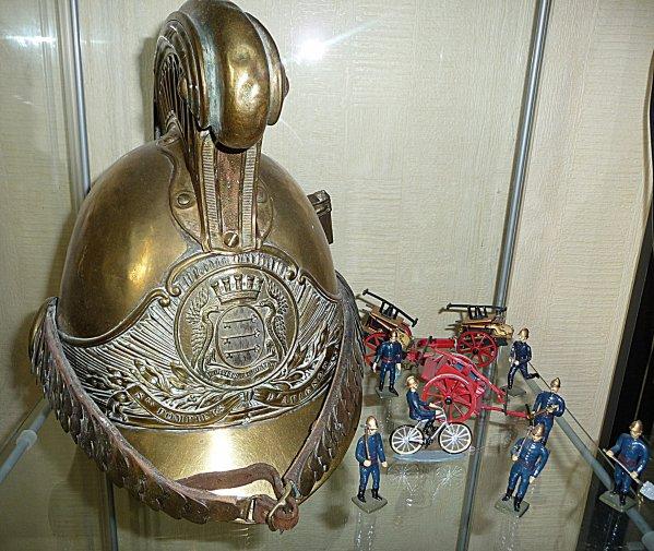 CASQUE MODELE 1855 ARMOIRIE D'AVIGNON