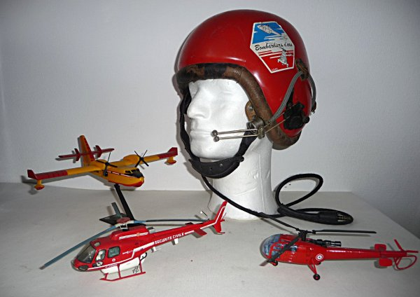 ma collection perso CASQUE MODELE GUENEAU pilote hélicoptére