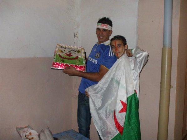 ..............j'aime beaucoup l'algerie.............