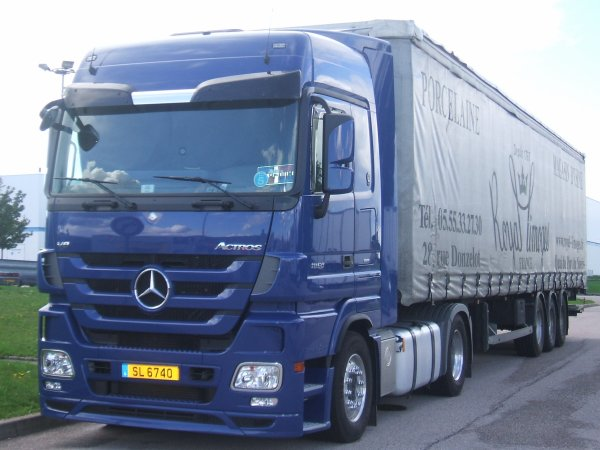 MERCEDES  ACTROS  TRANSPORT ?