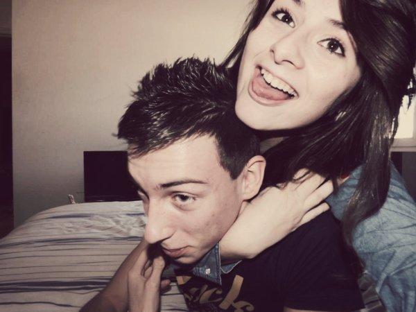> Quand je suis avec toi, les heures filent comme des secondes.. mais quand je suis loin de toi, c'est totalement l'inverse..