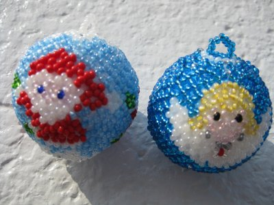 deux boules de noel