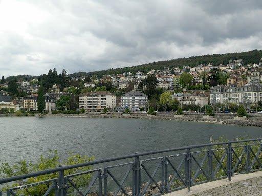promenade au bord du lac puis en ville