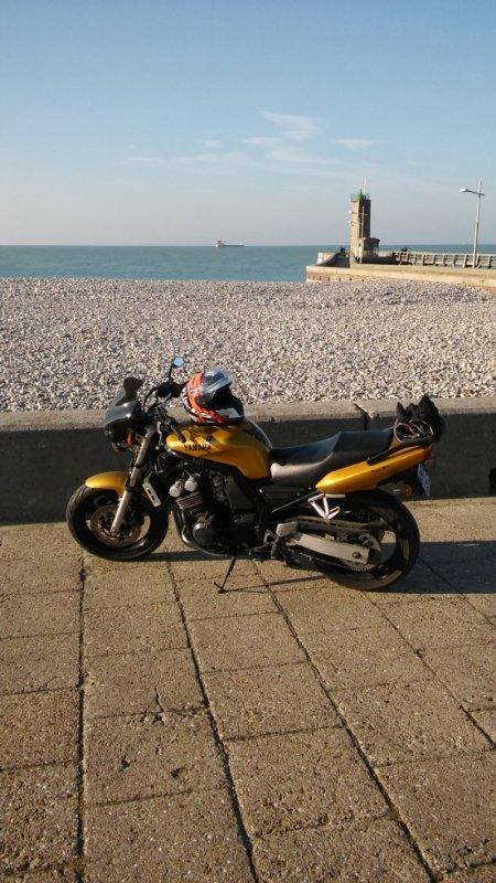 j ai acheté une moto!