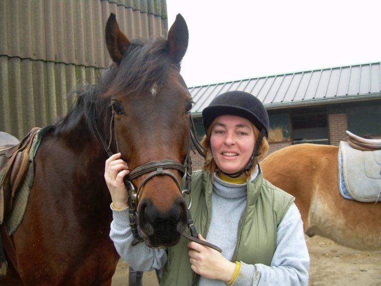 Mary en mode équitation