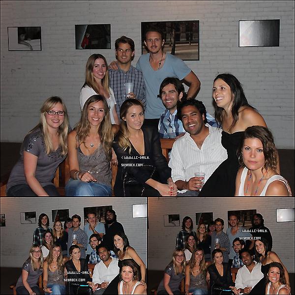 . 05 Juillet 2011 : Lauren a été à l'événement 'Art whit a Heart' le 30 juin dernier à Los Angeles.  .