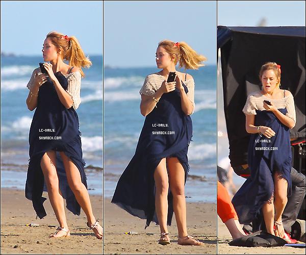. 20 Mars 2012 : Lauren a été aperçu sur la plage de Malibu pour un shooting photo en Californie. .