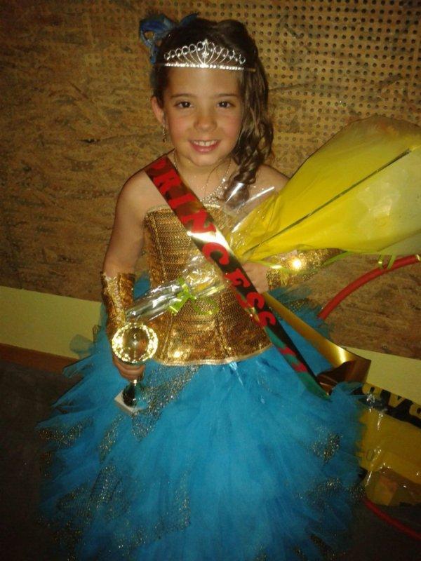 Maelys élue Miss Princesse Retournac 2013