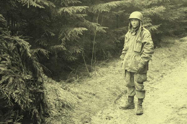 On the footsteps of the 82nd US Airborne 2011 in Manhay - 3  -