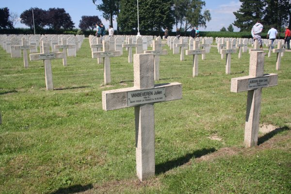 Nécropole militaire française de Chastre