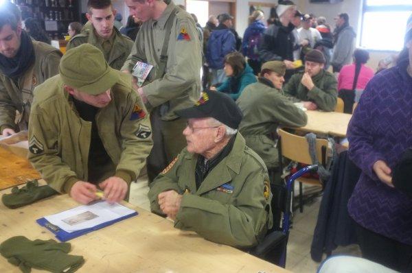 Houmont : Marche de la 17th US Airborne Division (7)