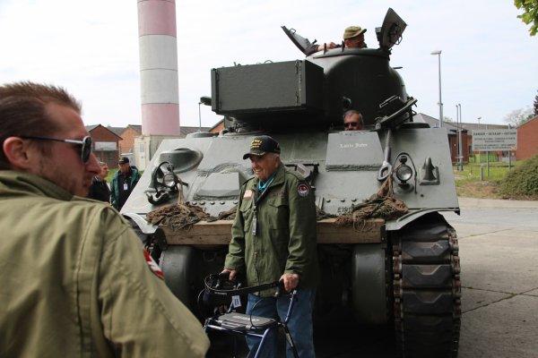 Visite de Vétérnan US à Bastogne 17-05-216 (14)