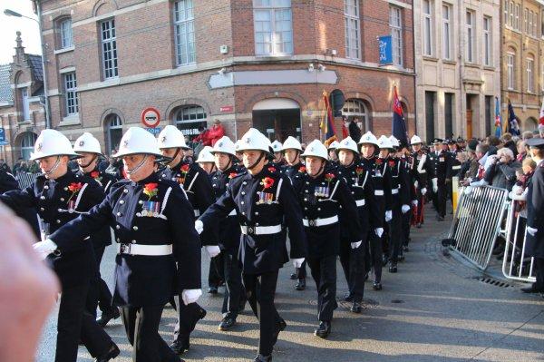 Cérémonies du 11 novembre : Ypres : Porte de Menin  - 5 -