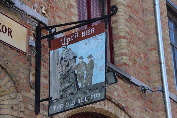 Cérémonies du 11 novembre : Ypres : Porte de Menin - 15 -