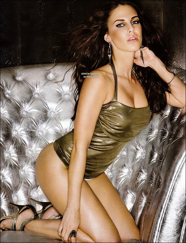 . Découvrez un nouveau shooting très sexy de Jessica pour le magasine FHM édition Juillet 2011 . .
