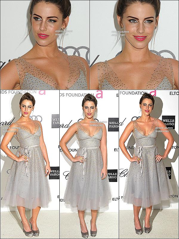 26/02/12 : Jessica était présente à la « 20 ème edition Elton John Aids Foundation Oscars » à Beverly Hills.Pour moi c'est un moyen je trouve que la robe ne lui va pas du tout, mais son maquillage est superbe, elle est sublime ! Ton avis ?