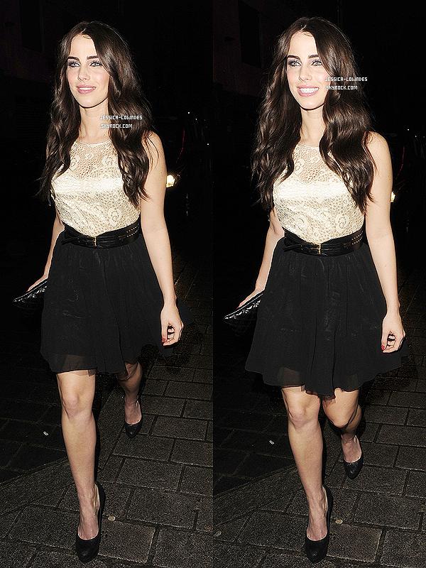 . 05 mai 2012 : La belle Jessica Lowndes a été vue allant au Bond Club à London ♥, elle est sublime.  .